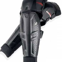 DECKER FOX TITAN RIDER - BLACK=Sepasang protector lutut / dengkul kaki