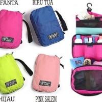 Tempat Penyimpanan Alat Mandi / Travel Mate /Toilet Bag Organizer-X439
