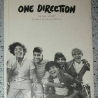 CD ONE DIRECTION - Up All Night. Limited Yearbook Edition