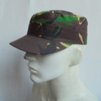 Topi pet TNI