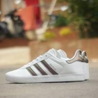 harga Adidas Gazelle Leather White Metalic Original Tokopedia.com