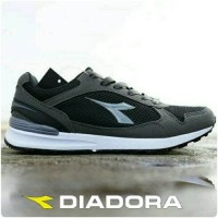 sepatu running black grey diadora original