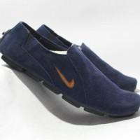 Jual Sepatu Nike slop on biru navy casual suede formal santa Limited Murah