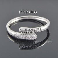 Gelang cantik motif ular kobra putih PZG14066