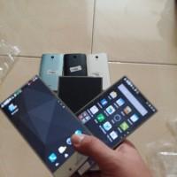 Android murah Sharp Aquos Crystal 305