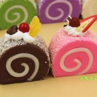 SQUISHY ROLL CAKE KUE ROLL IMPORT JAPAN BENTUK IMUT SEDANG
