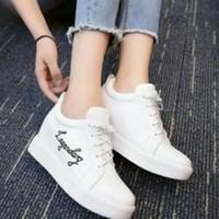 Harga sepatu boot wanita trendy hputih   WIKIPRICE INDONESIA