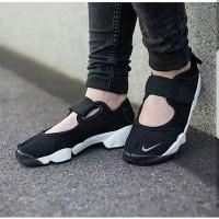 Nike Air Rift Black White Premium Original / sepatu ninja / sneakers