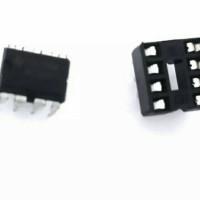 IC 555 & 8 Pin DIP Socket