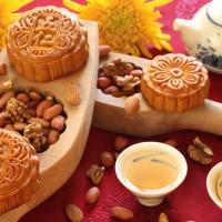 Jual Moon Cake Guan Fu Kulit Coklat Rasa Durian Kacang Hijau Telor 2 Murah