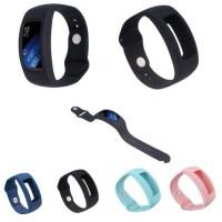 Samsung Gear Fit 2 Bumper Case Sillicone Strap Replacement Strap