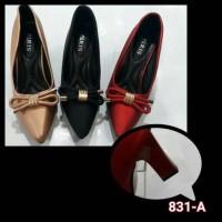mauriess guess high heels