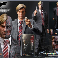 Hot Toys Two Face