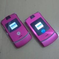 HP Motorola Razr Pink V3i Vs V3 Normal Batangan