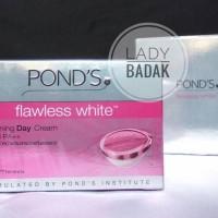 Ponds Flawless White Lightening Day Cream SPF 18 PA++ 50 gr POND'S