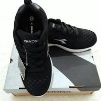 harga Sepatu Anak : Original Diadora Black Tokopedia.com