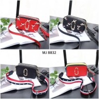 Sling Bag MJ Snapshot Style Bag Code : MJ-8832#