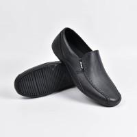 Sepatu Karet ATT (Kode: AB353)