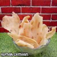 ladrang /keripik bawang /atos atos /makanan tradisional