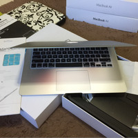 MacBook Air 13 CTO i7 Turbo 3.3 G RAM 8 GB CC 10 FULSET Like New MURAH