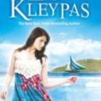 Novel Dastan : Crystal Cove (Mantra Cinta) - Lisa Kleypas