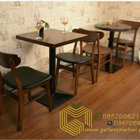 Set Meja Makan Cafe Minimalis Retro, Set Kursi Cafe dan Restoran Murah