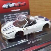 Ferrari 458 Speciale White Colour with blue striping Kyosho skala 64