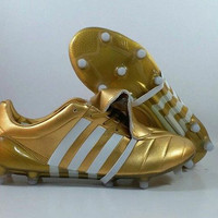 Sepatu Bola Adidas Predator Mania Gold FG