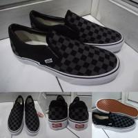 Sepatu Kets Sneakers Vans Slip On Checkerboard Catur Canvas Grey Black