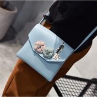 tas selempang postman city bag kecil hitam bunga madame florist wanita