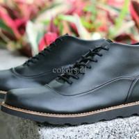 sepatu boot kulit timberland benith work shoes formal gaya pria cowok