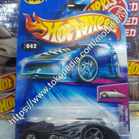 Hot Wheels R1 2004 First Editions Batman Hardnoze Batmobile