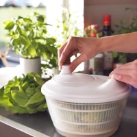 IKEA TOKIG Salad Spinner Pencampur Salad Mangkuk Pengering Sayuran