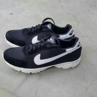 Terbaru Baru-Sepatu Pria Wanita Lari Kets Replika Nike