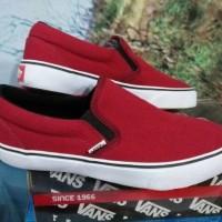 954/Sepatu Sneakers/ vans slipon men#sepatu murah solo#