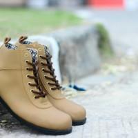 Sepatu Casual Pria Dalmo Black Doft