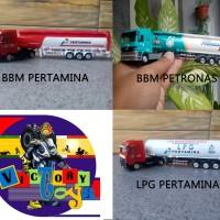 1/87 Welly Truck Trailer Pertamina Custom Painting