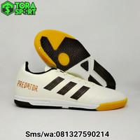 Sepatu Futsal Dewasa Adidas Predator Putih List Hitam Spesial Edition