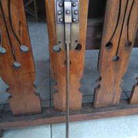 Pengunci Pintu / Grendel Pintu Batavia Kuningan Antik 80 cm