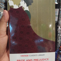 Pride and Prejudice: Vintage Classics