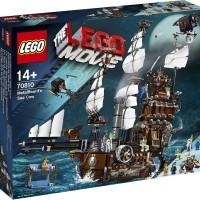 Koleksi super LEGO 70810 The Lego Movie MetalBeard s Sea Cow