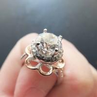 Cincin Berlian Simulant - Rosey Ring