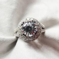Cincin Berlian Simulant - Wanda Ring
