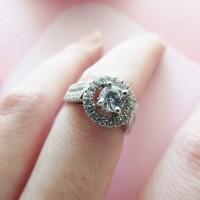 Cincin Berlian Simulant - Tiffany Ring