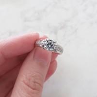 Cincin Berlian Simulant - Anna Ring