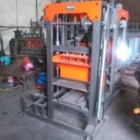 Mesin Press Paving UNP 10