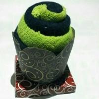 souvenir pernikahan handuk bentuk es krim/sovenir miniatur kue