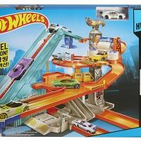 Hot Wheels Motorized Mega Garage Track Set