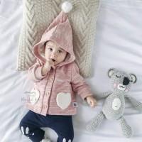 Baju Atasan Anak Bayi Ada Kupluk Pom Pomnya (Love Fluffy Top)