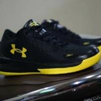 Baru Sepatu Basket Under Armour SC / Black Yellow / Pria / Nike Air